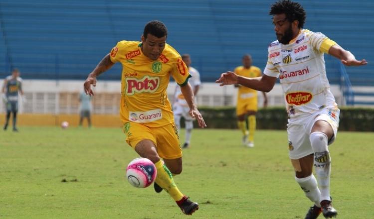 Leão vence clássico regional e larga bem no Grupo 1 da Copa Paulista b0cc1b1bdf621